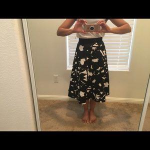 Banana republic a line skirt with pockets. 2p
